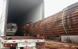 Platen Muircataira worden geladen voor export