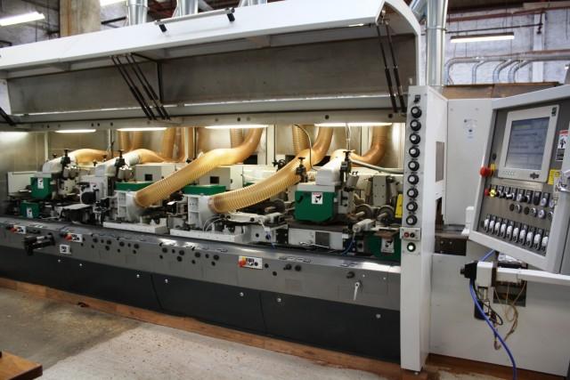 Houthandel Van Dam beschikt over een moderne machinale