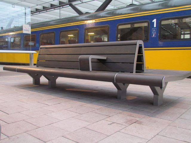 Nieuwe Prorail bank te Rotterdam